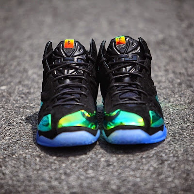 nike lebron 11 nsw sportswear ext kings crown 6 03 Release Reminder: Kings Crown LeBron 11... the Whole Package