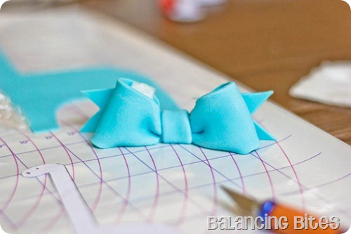 How to make a fondant or gum paste bow by Balancing Bites (19 of 23)