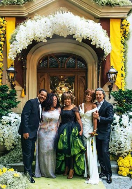 famous 539625_10151828328131972_946844229_n jeff leatham and hello magazine tina turners wedding