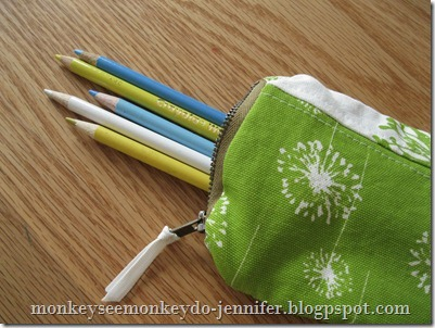 pencil case tutorial with scraps