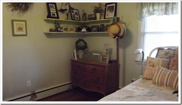 bedroom 4.12 001