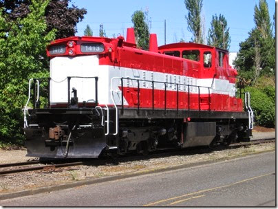 IMG_6408 Oregon Pacific GMD-1 #1413 in Milwaukie on August 28, 2010