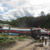 Bintulu-Kuala Binyo 間を運行する乗合船 / A ferryboat running between Bintulu and Kuala Binyo