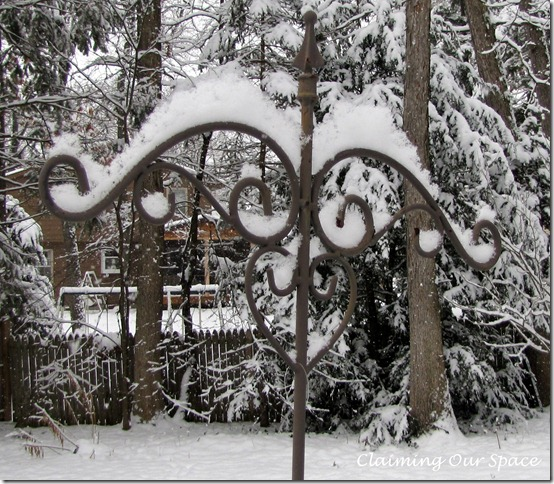 SnowWaitingForSpring