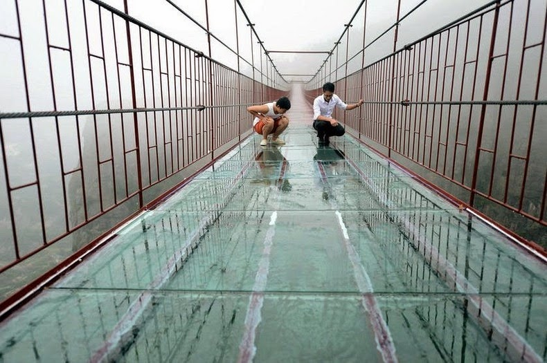 glass-skywalk-1