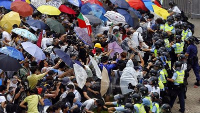 hongkong protest umbrellas