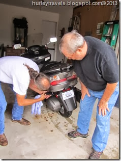 Tim and Jerry take a look at the details of the new Burgman 400.