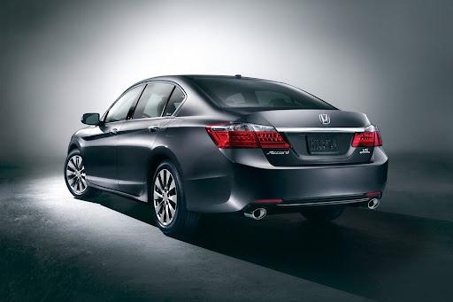 2013-Honda-Accord-04.jpg