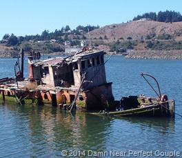 Sunken boat2