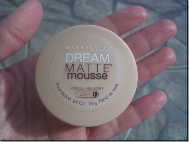 Base Maybelline: Dream Matte Mousse