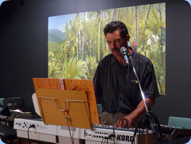 Peter Littlejohn entertaining the audience on his Korg Pa1X.