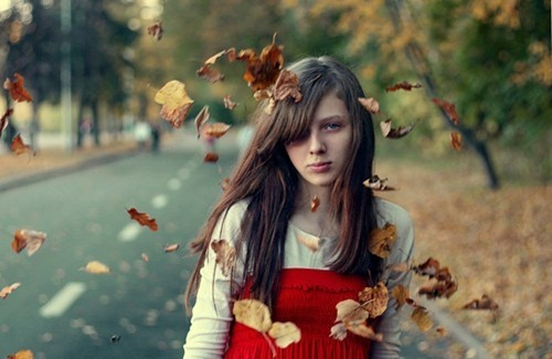 autumn,girl,leaves,beautiful,girl,nature,forest-dbedc52c8e06fc65e870d5b8f1200214_h_large