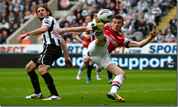 koscielny score against newcastle 2013