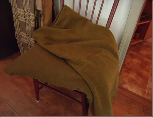 2 Army Blankets