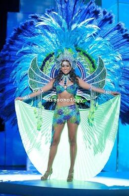 miss-uni-2011-costumes-7