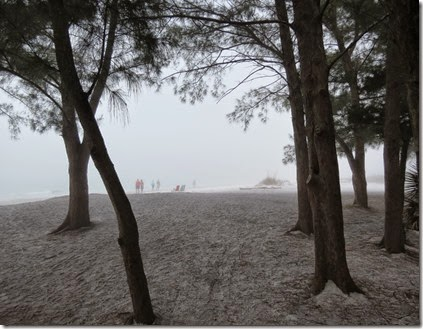 fort_desoto2_foggy_beach