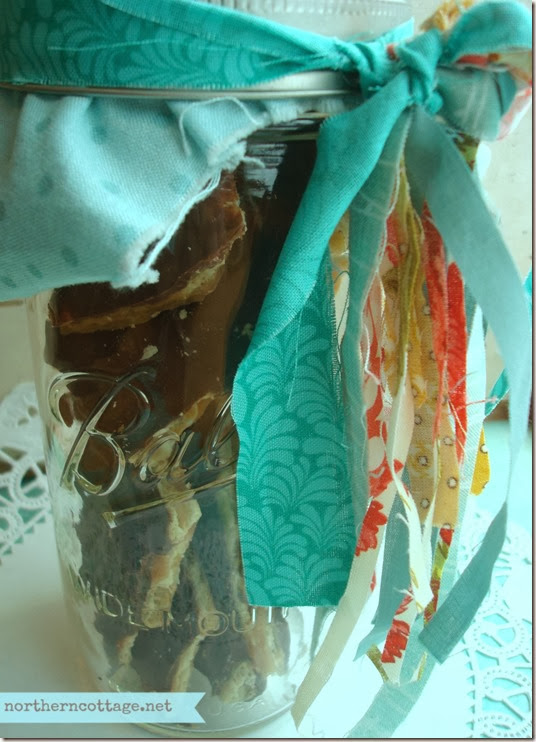 {Northern Cottage} a pretty jar with scrappy ties!