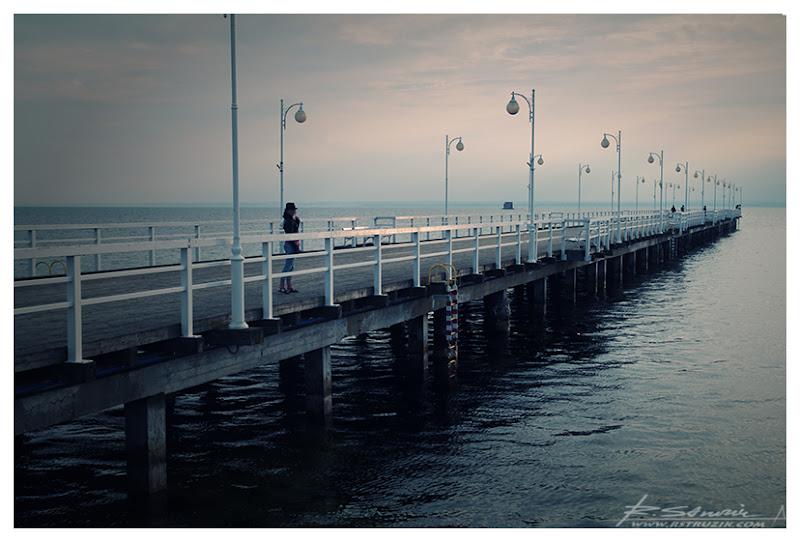 Jurata, molo. Nie chcę już wyjeżdżać z tą Nową Zelandią, ale fakt jest faktem, że widok ten zdecydowanie przypomina mi molo w Petone.