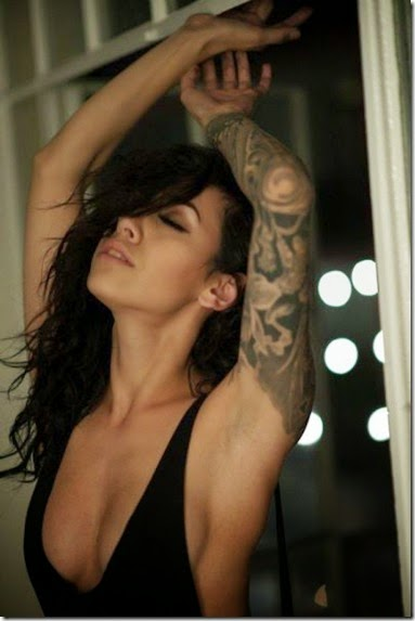 hot-tattoo-women-014