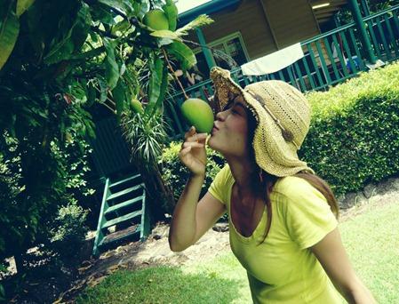 Maiko with a mango!