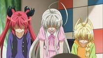 [HorribleSubs] Haiyore! Nyaruko-san - 11 [720p].mkv_snapshot_14.09_[2012.06.18_17.14.07]