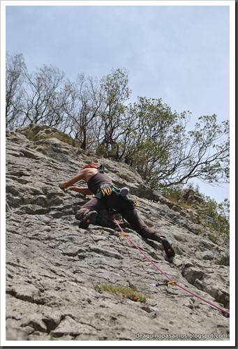 Escalada en Las Cabadas (Arenas de Cabrales, Asturias) (Ade) 5155