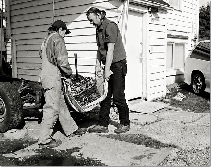 jeff wall_MEN MOVE AN ENGINE BLOCK, 2008
