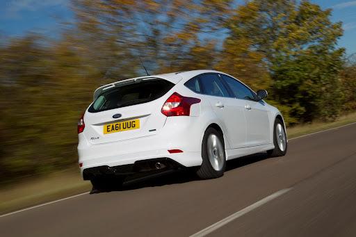 Ford-Focus-Zetec-S-02.jpg