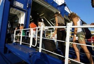 Ακτοπλοΐα: Αύξηση 8% στην κίνηση των επιβατών στην Κεφαλονιά για τον Ιούνιο