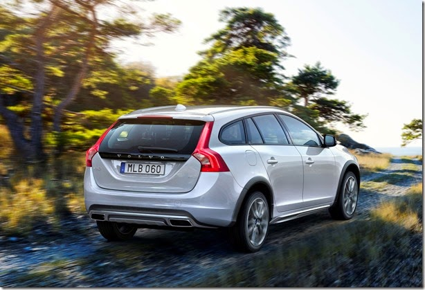 volvo-v60-cross-country-3-1