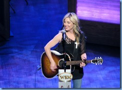 9135 Nashville, Tennessee - Grand Ole Opry radio show - Sunny Sweeney