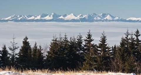 Vysoké Tatry z Kojšovskej hole (Volovské vrchy)
