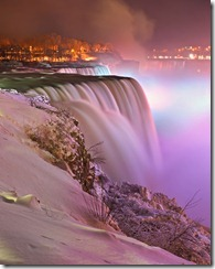 814px-Niagara_falls_-_Winter_-_Prospect_point_view_at_night