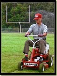 Forrest-Gump-Mowing[1]