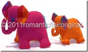 ElephantsCuddly 600