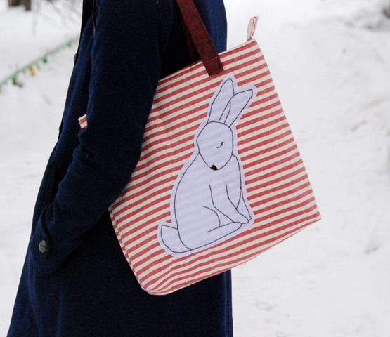 Заяц, снегирь и фиолетовые волосы, сумки