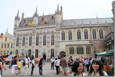 ブルージュ市庁舎、1376年から1420年にかけて建てられたベルギーで最も古い市庁舎のひとつ、フランボワイヤン・ゴシック様式