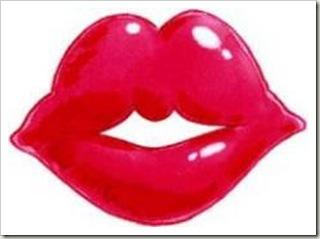 DIY Plump up your lips Quick Fix