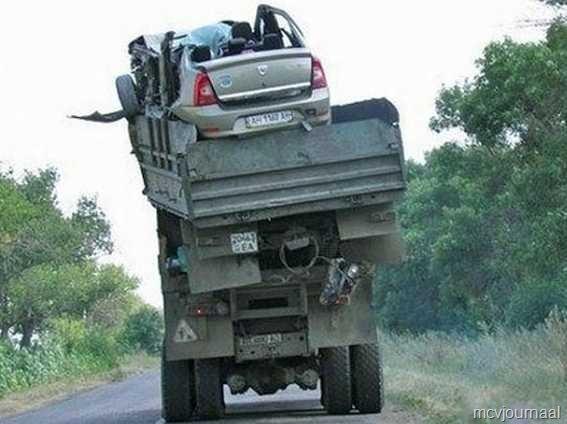 [Dacia%2520crash%2520in%2520Rusland%252003.jpg]