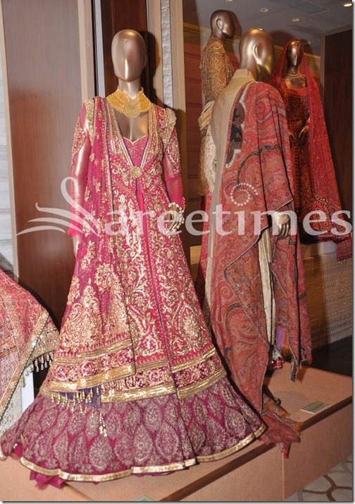 Tarun_Tahiliani_Bridal_Collection (9)