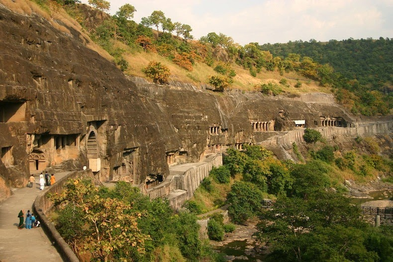ajanta-caves-7