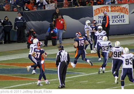 'Tebow in the act of making a touchdown' photo (c) 2011, Jeffrey Beall - license: http://creativecommons.org/licenses/by-sa/2.0/