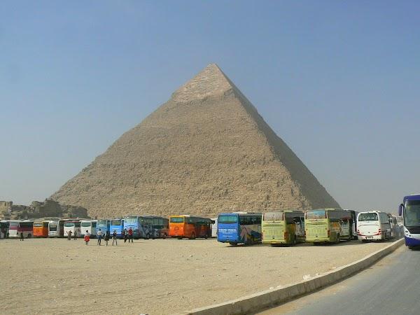 1. Piramida lui Keops.JPG