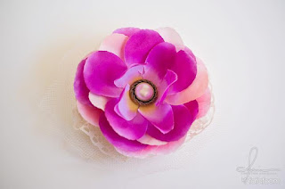 Before Summer Ends: Fabric Flower Hair Accessories DIY
