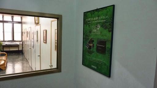 專業的隔音琴房.JPG