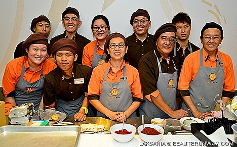 Laksania Conceptualised Sim Sin Sin, CEO, social enterprise laksa halal-certified restaurant's chain initiated large scale social recruitment, training employment beneficiaries Many Helping Hands Programme Laksa menu Singapore