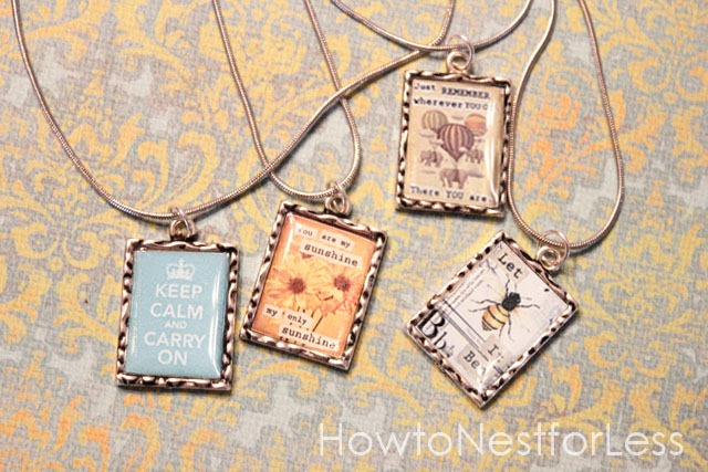 50graphic-vintage-necklaces