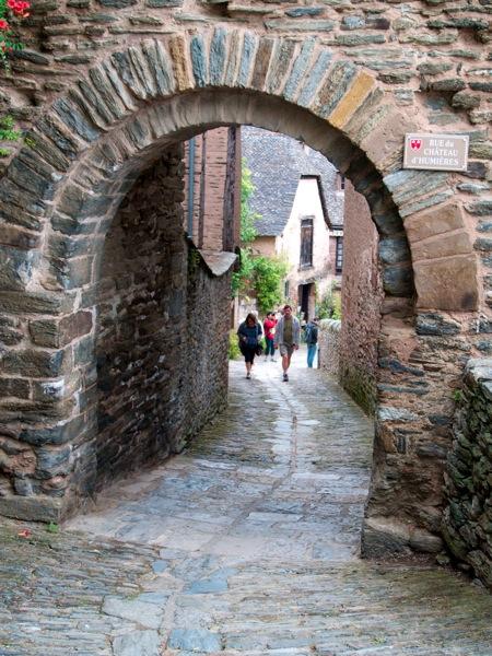 2011 07 28 Voyage France Village de Conques la porte des pèlerins