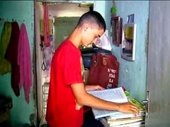 7 - 'Pegava livro no lixo para ele estudar', diz mãe de 1º lugar geral no IFRN 400