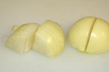 Нарезка луковицы поперек